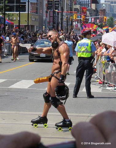 toronto-gay-parade-3.jpg